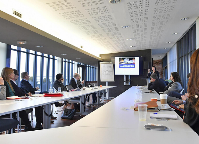 652x473-location-espace-lille-euratechnologies-salle-vip
